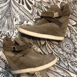 Tan suede wedge sneaker